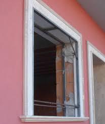 Come evitare la formazione di muffa e condensa vicino alle finestre la finestra in legno il - Condensa finestre alluminio ...